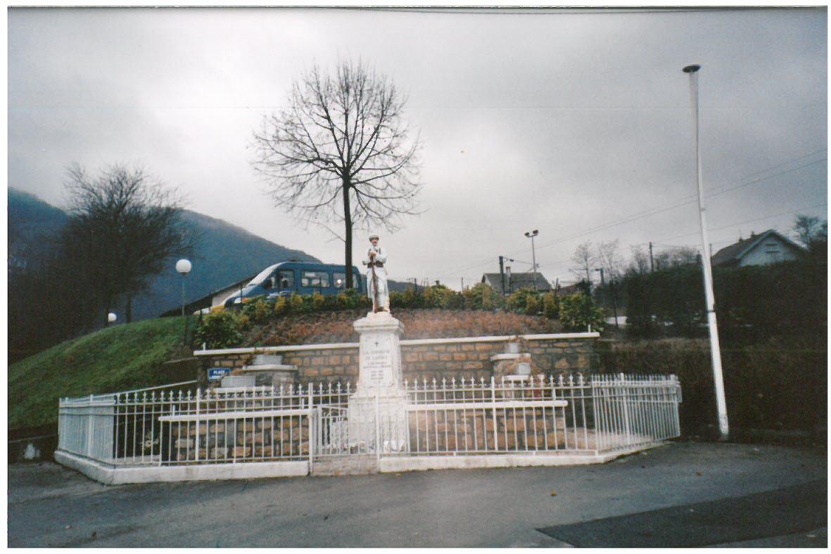 monument-aux-morts-ancien-socle-7